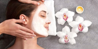 £60 for a Spa Indulgence Session with Two Mini Treatments + Light Lunch