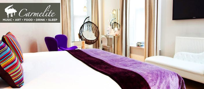 £69 for an Overnight Stay + 2 Course Dinner & Bottle of Fizz for 2