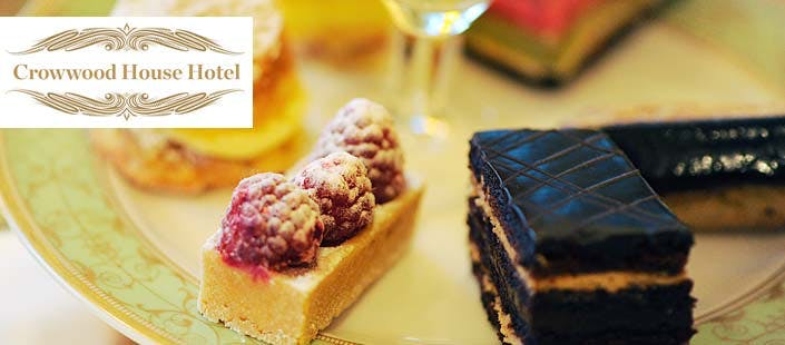 £59 for an Overnight Getaway + Afternoon Tea & Bubbly for 2