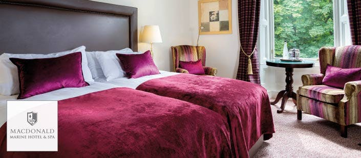 £139 for an Overnight B&B Stay + 30 Minute Spa Treatment & Glass of Prosecco for 2