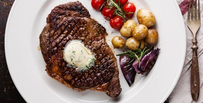 £29 for a Fillet Steak Dinner + Bottle of Wine for 2