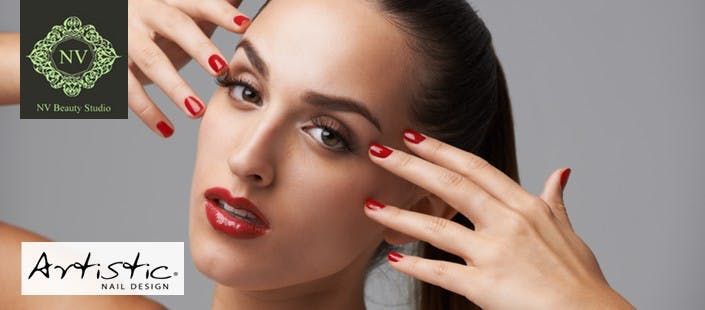 £12 for a Long-Lasting Artistic Nail Polish