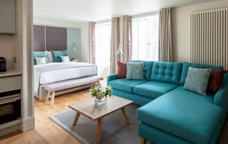 Luxe Apartment Stay for 2