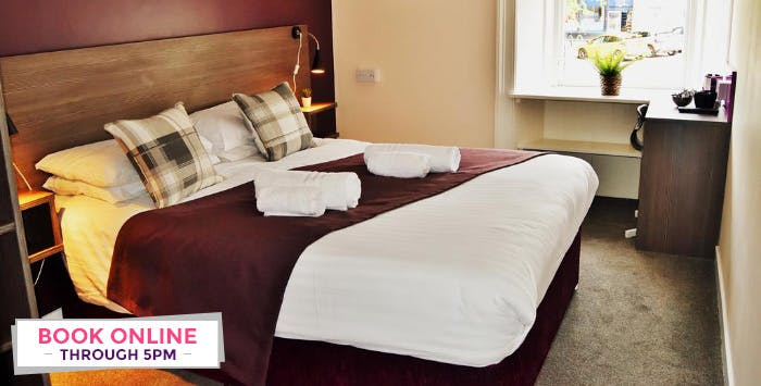 1 or 2 Night Stay + Bottle of Prosecco for 2, from £49