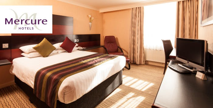 1 or 2 Night Stay with Wine + Option of Dinner for 2, from £79
