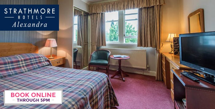 1 or 2 Night Stay with Breakfast, Dinner + Bottle of Fizz for 2; from £89
