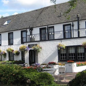 Photo of Uplawmoor Hotel