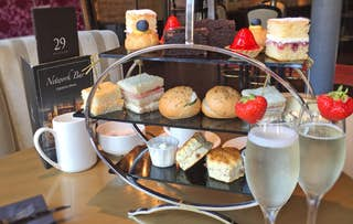 Afternoon Tea + Fizz/G&T