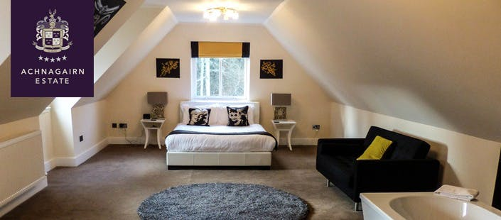 £399 for Overnight Exclusive Use of 5 Bedroom Luxury Lodge
