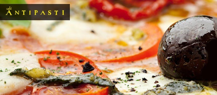 £12 for an Italian Main Course + Prosecco for 2