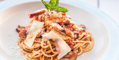 £15 for an Italian Main Course + Prosecco for 2