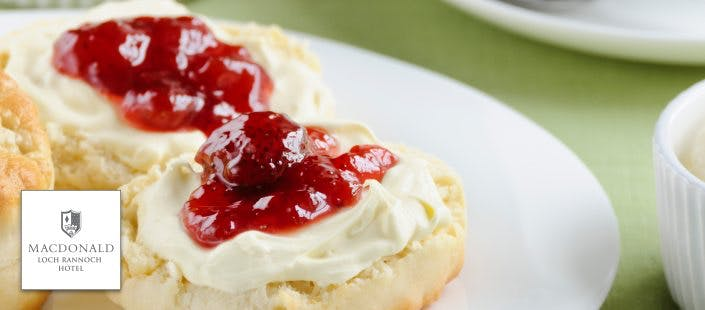 £79 for Overnight Stay, Prosecco + Cream Tea for 2