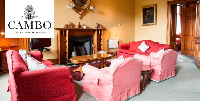 4 Night Apartment Stay for 4-9 People; from £370