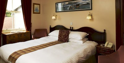 £69 for an Overnight B&B Stay with Glass of Fizz for 2