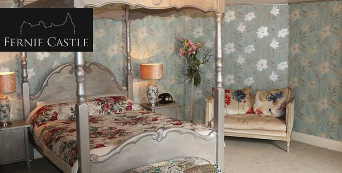 £159 for an Overnight B&B Stay with Dinner, Prosecco + Chocolates for 2