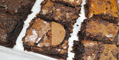 £20 for a Box of 12 Mini Brownies with Delivery
