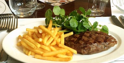 £32 for Steak Frites + Glass of Wine for 2