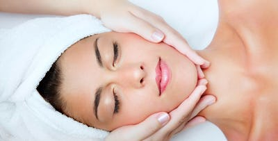 £22 for a 60 Minute Luxury Facial + Massage