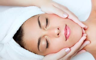 60 Minute Luxury Facial