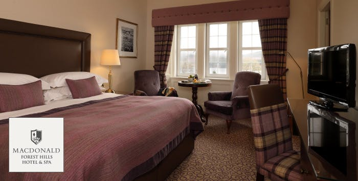 £149 for an Overnight Stay with Dinner + Prosecco for 2