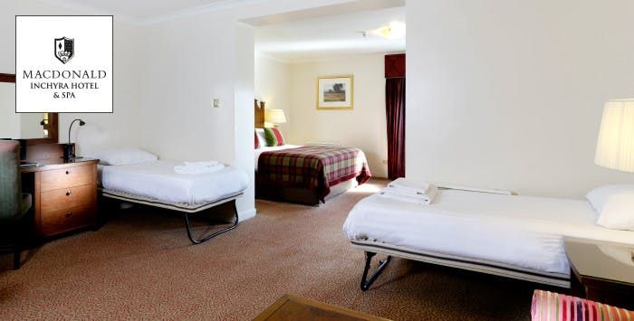 £159 for an Overnight B&B Stay with Dinner, Access to Leisure Facilities + Tickets to see the Kelpies for a Family of 4