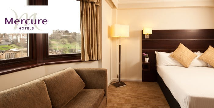 £115 for an Overnight Stay with Dinner & Wine for 2