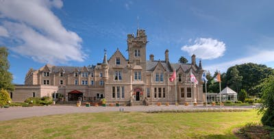 1 or 2 Night B&B Stay with Cream Tea and Late Check-Out + Optional Dinner & Drink for 2; from £59