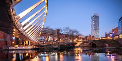 1 or 2 Night Stay + 3 Course Meal & Drink in Hard Rock Café in Manchester for 2, from £138