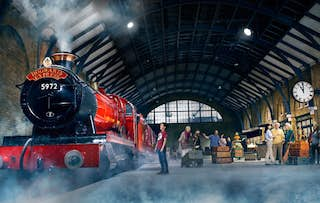 Harry Potter Tour + Stay
