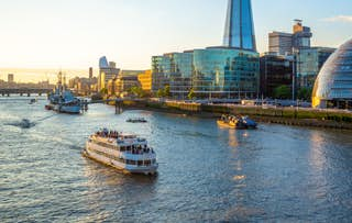 Thames Cruise + Stay
