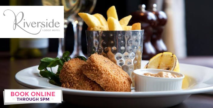 Overnight Stay with Breakfast, Glass of Fizz & Late Check Out + Option of Dinner for 2; from £59
