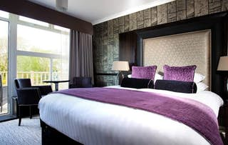 1 or 2 Night Stay for 2