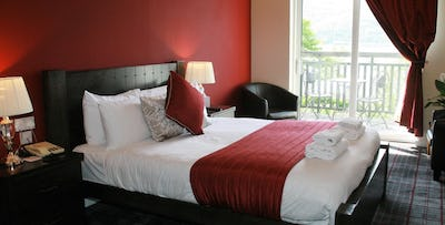 1 or 2 Night B&B Stay with Dinner for 2, from £59