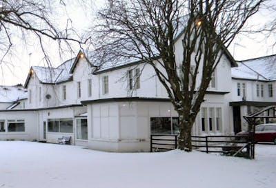 218 for a 2 night mini break in 3 bedroom luxury woodland for 16 royal terrace glasgow