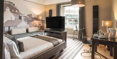 £119 for an Overnight Stay in Executive Room with Dinner Spend + Bottle of Wine for 2