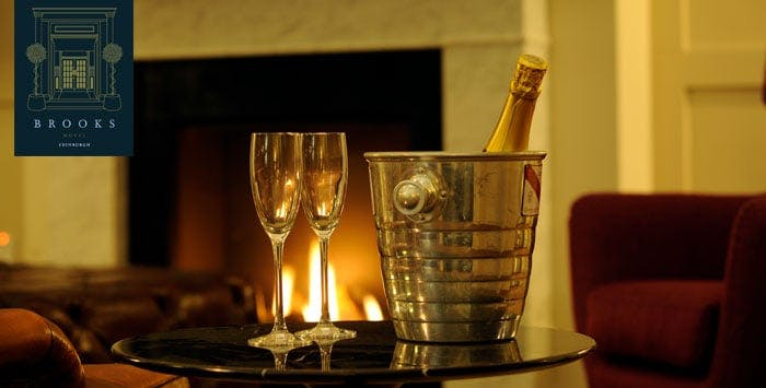 £19 for Afternoon Tea & Prosecco for 2