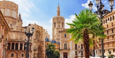 £290 for 4 Nights in 4* Valencia Hotel with Return Flights - Low Deposit Required