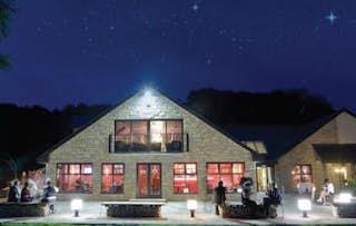 2 Night 4* Lodge Stay