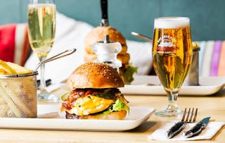 Burger & Drink for 2 or 4