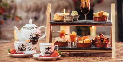 £15.95 for a Spanish Afternoon Tea + Glass of Fizz for 1
