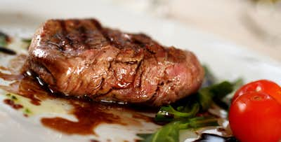 £35 for Sirloin Steak + Bottle of Wine for 2