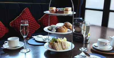 £22 for an Afternoon Tea + Fizz for 2