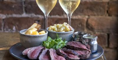 £49 for Chateaubriand Steak, Sides, Sauces + Prosecco for 2