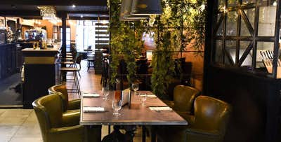 Brunch with Prosecco for 2 or 4; from £18