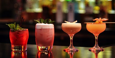 £17 for 4 Cocktails + Nibbles between 2