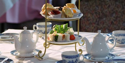 £19 for an Afternoon Tea + Flute of Prosecco for 2