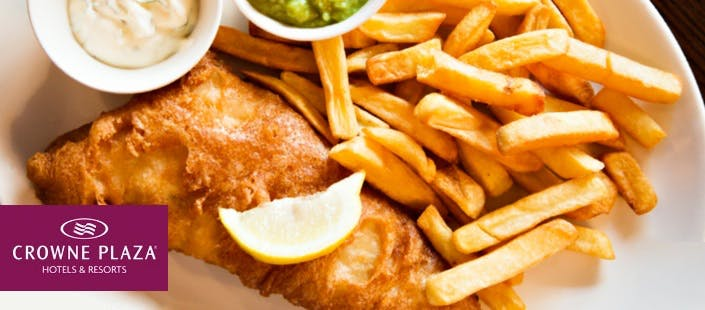 £25 for a Steak Dinner or Fish & Chips + Wine for 2