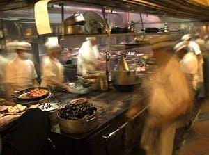 KitchenActionShotSeafoodiStock_000002884541Medium