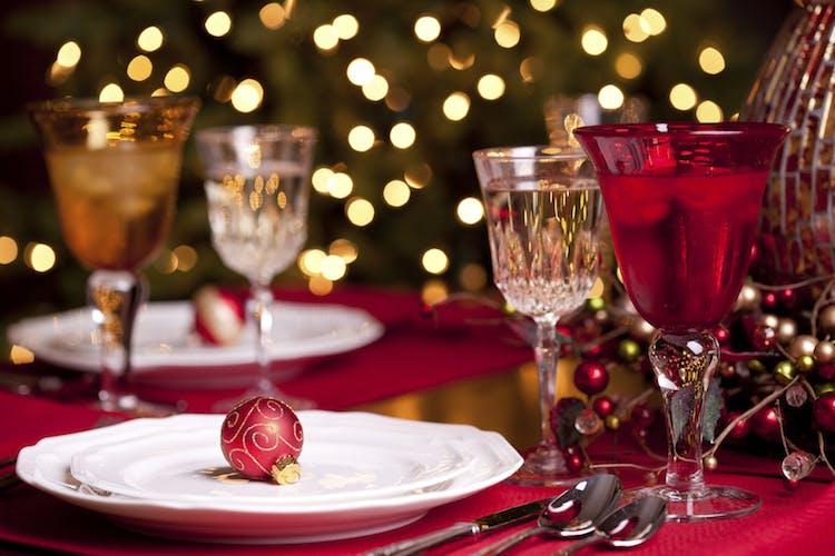 ChristmasDiningBaubleFestive_iStock_000029906474_Medium copy