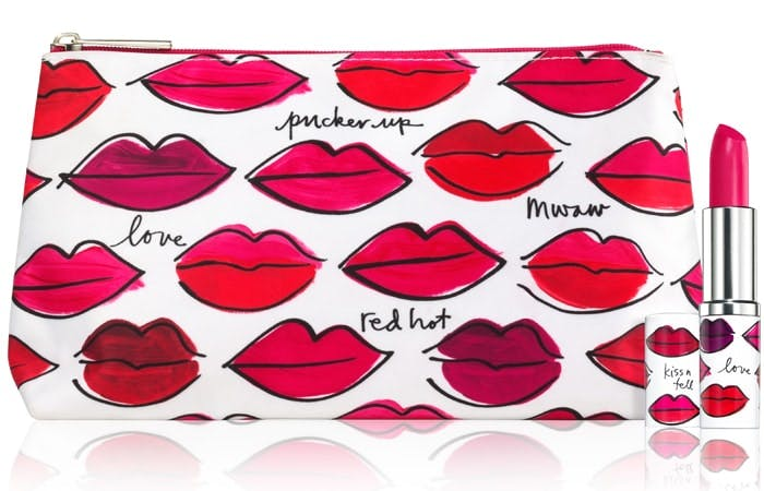 Clinique Kiss It Better makeup bag 2016